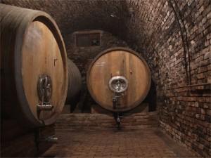 cellar_barrel