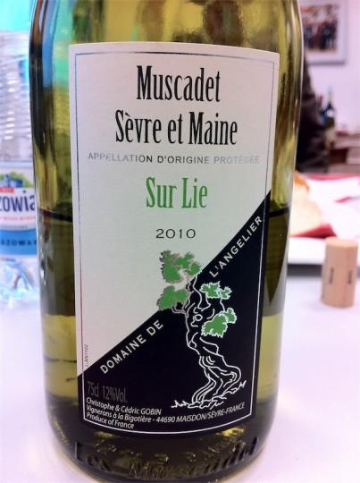 Domaine de L'angellier Muscadet Sevre et Maine AOC 2010